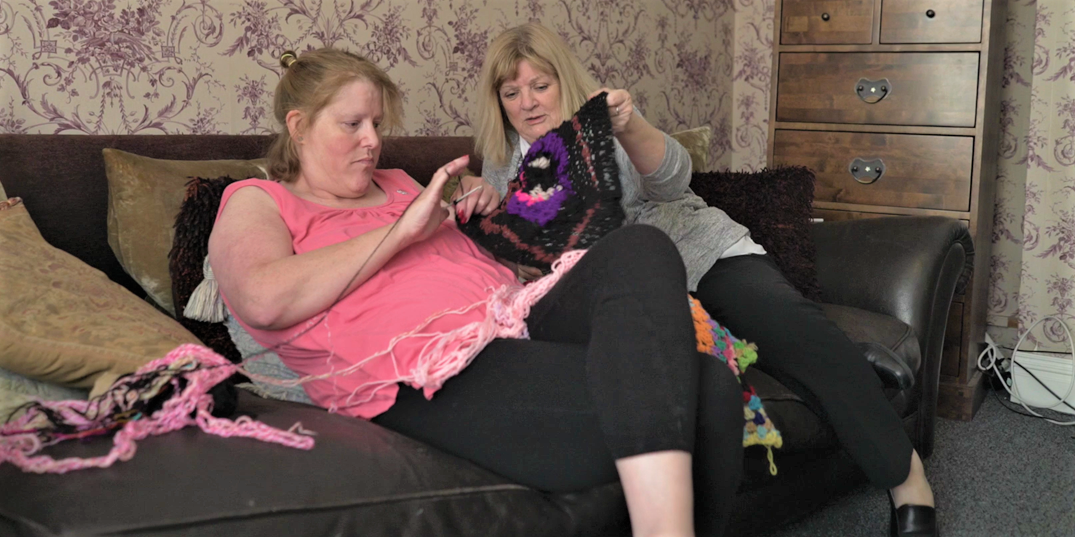 service-user-knitting-bedfordshire-supported-housing-care-worker